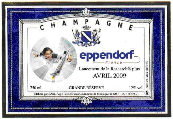 Etiquette de champagne avec photo cadre bleu
