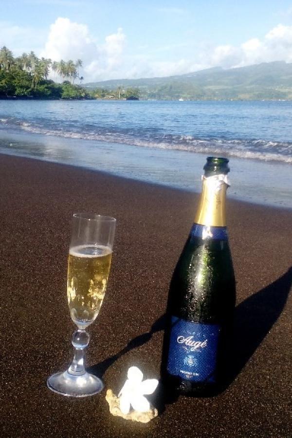 champagne dans les iles